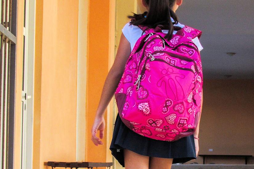 dijete škola ruksak