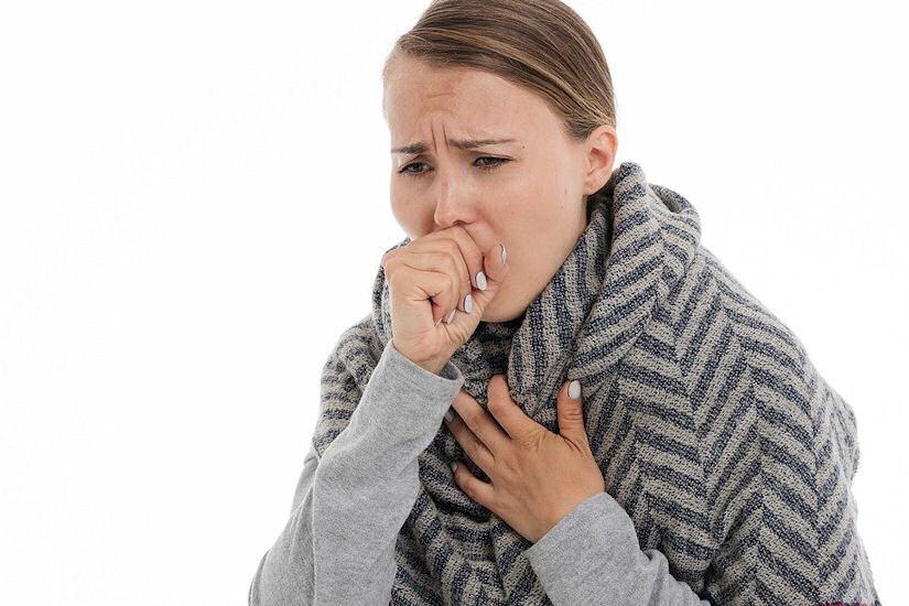 kašalj djevojka hladno prehlada