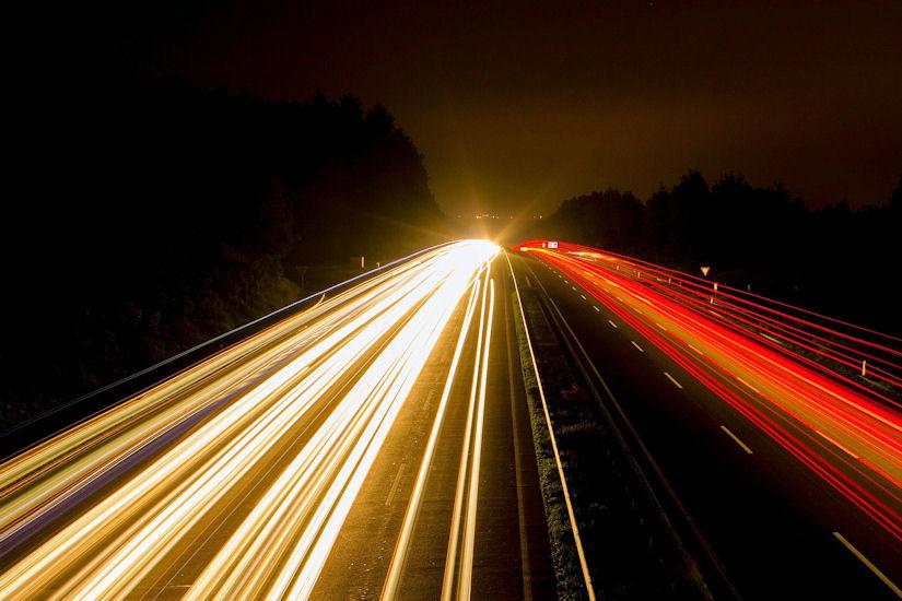 brzina autocesta noć svjetla