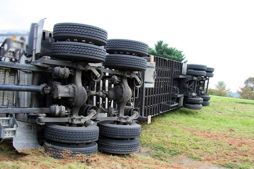 kamion prevrtanje nesreća