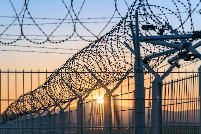 zatvor rešetke žica